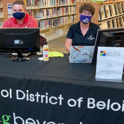 School District of Beloit Sets-Up iPad Help Desk at Beloit Public Library